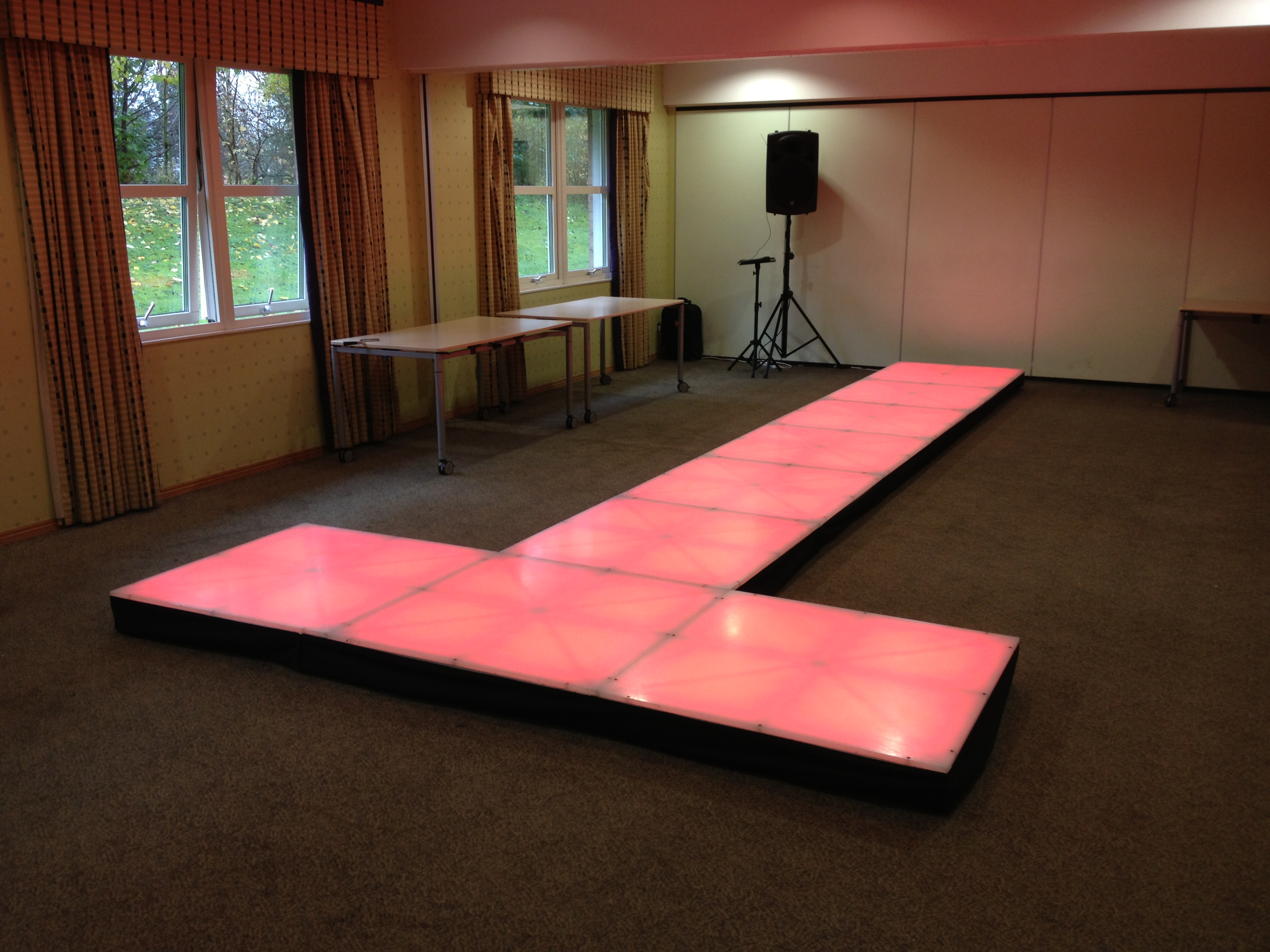 LED Dance Floor - Totally Amazing | paramountgolfforeste.info
